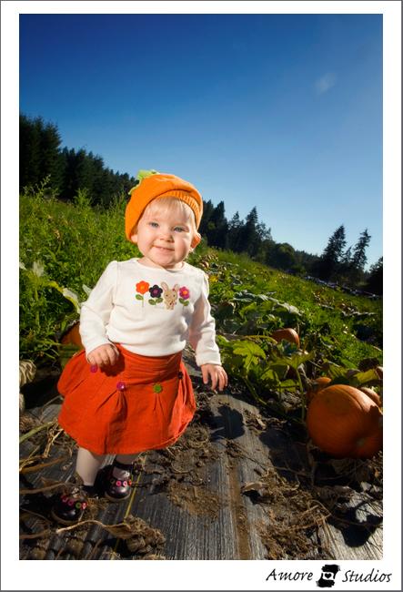Zoe Pumpkin Patch 09 006