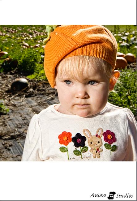 Zoe Pumpkin Patch 09 011